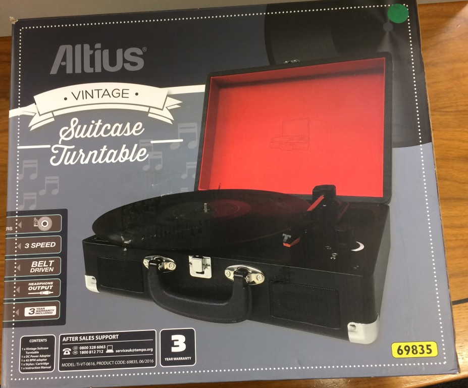 altius-record-player-turn-tables-frontbox-picture.jpg