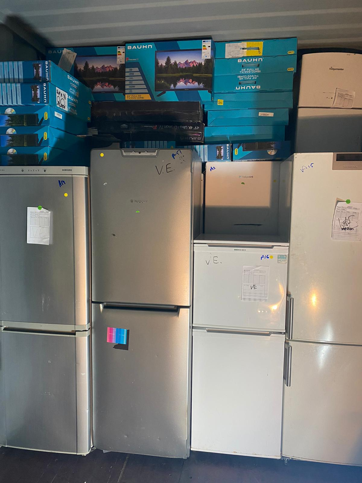 Fridge Freezer Returns Load